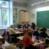 opetajad-reeli-ja-kristi-4-klassis